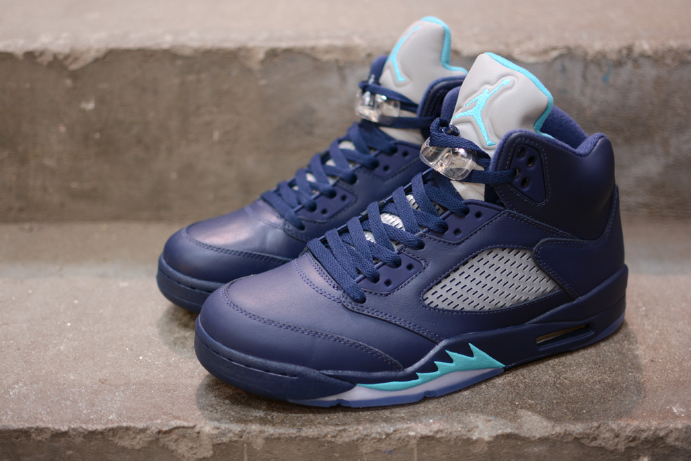 Air Jordan 5 Midnight Navy Hornets - SOME OF THE HOTTEST JS RELEASED ... aff409ac1
